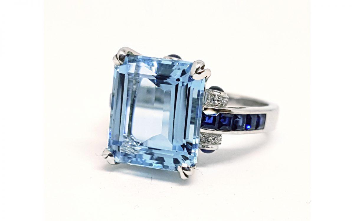 Luxury Eli Frei Cocktail Ring 18K Gold Diamonds Sapphires & Aquamarine : Size 6