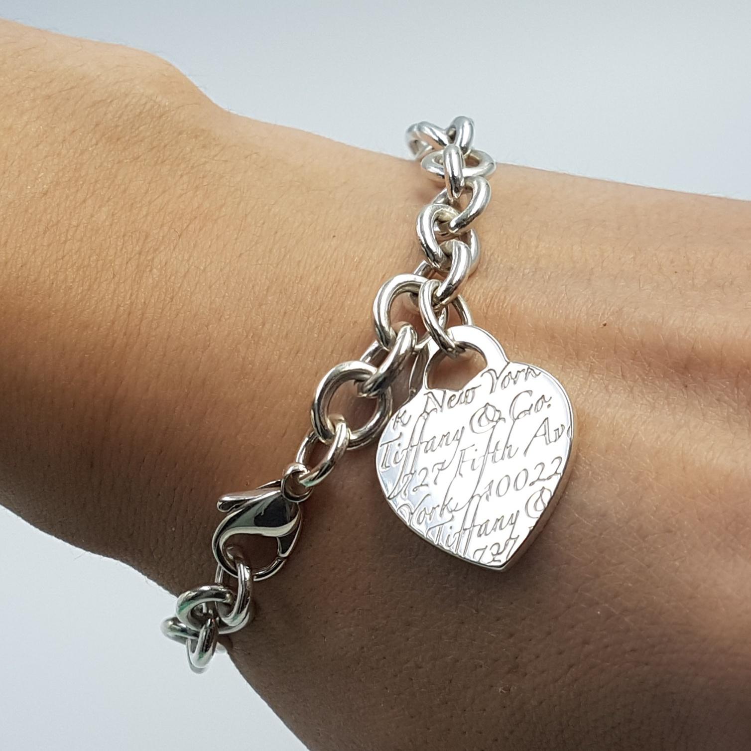 "Tiffany Heart Bracelet >> Tiffany & Co 5th Avenue New York Notes Heart Charm Bracelet 8"" ⋆ SmartShop Jewelry"